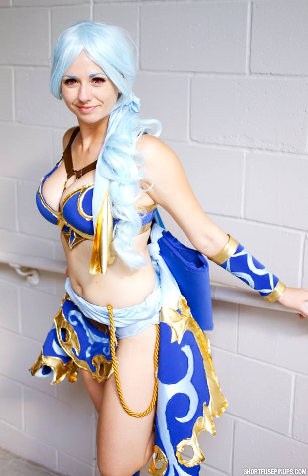 Meru from Legend of Dragoon Cosplayer: Leaping Lizard Cosplay Photography credit: http://www.shortfusepinups.com/